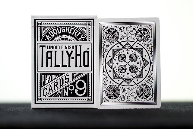 White Tally-Ho Deluxe Limited Edition (Fan)